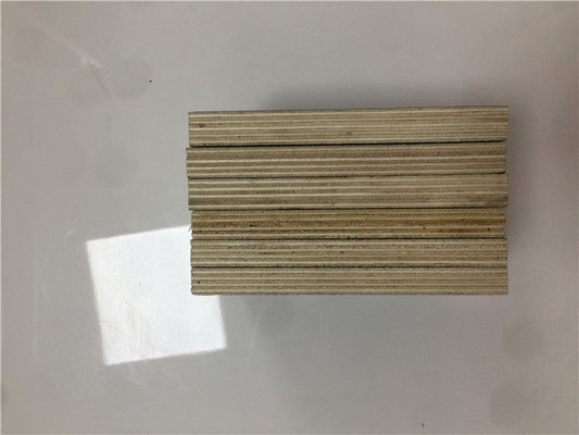 China Durable Phenolic Glue Plywood / Smooth Phenolic Plywood For Building Construction factory